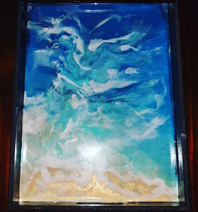 Wooden seascape tray with resin paste and resin